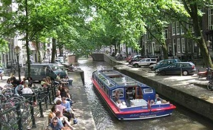 Amsterdam canal cruise2